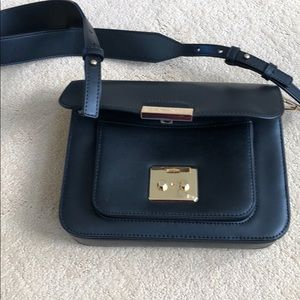 Excellent black Michael Kors purse